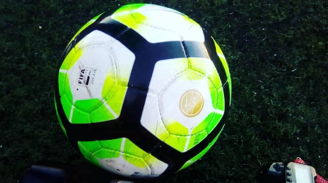 Primeira divisão distrital de futebol alargada a 16 clubes na próxima época