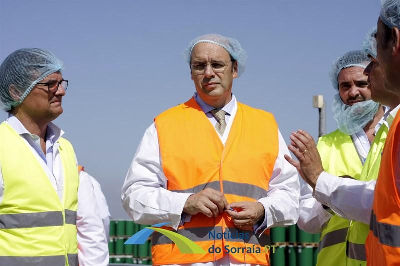 Ministro de Estado Siza Vieira testa positivo à Covid-19