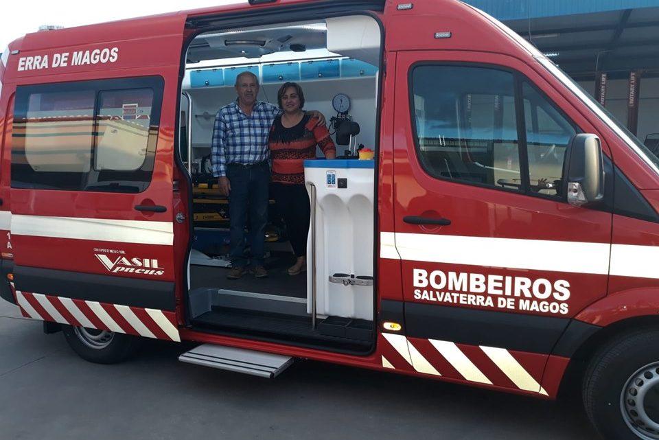 Bombeiros de Salvaterra recebem nova ambulância (Com Fotos)