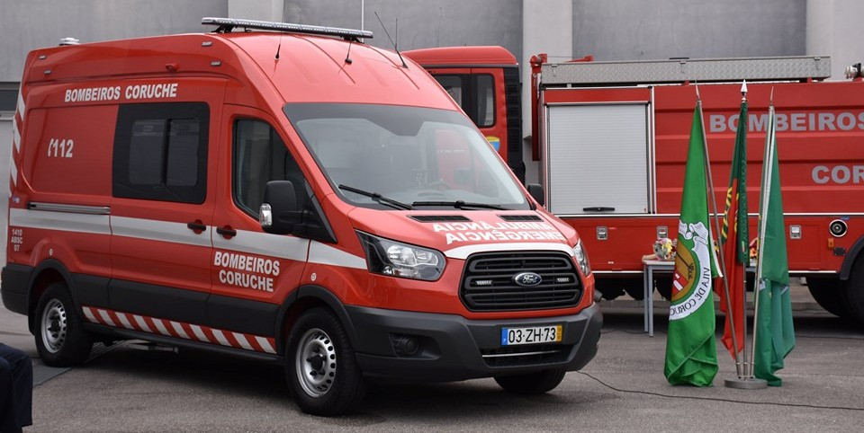 Bombeiros de Coruche festejam aniversário e recebem nova ambulância (Com Fotos)