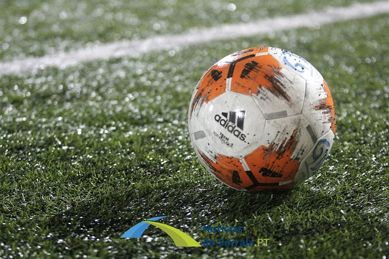 Segunda divisão distrital de futebol de Santarém arranca este domingo