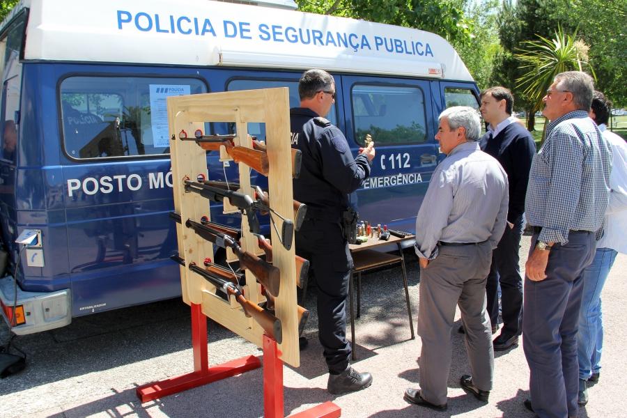 Polícia de Segurança Pública em Salvaterra, Benavente e Coruche para regularizar armas