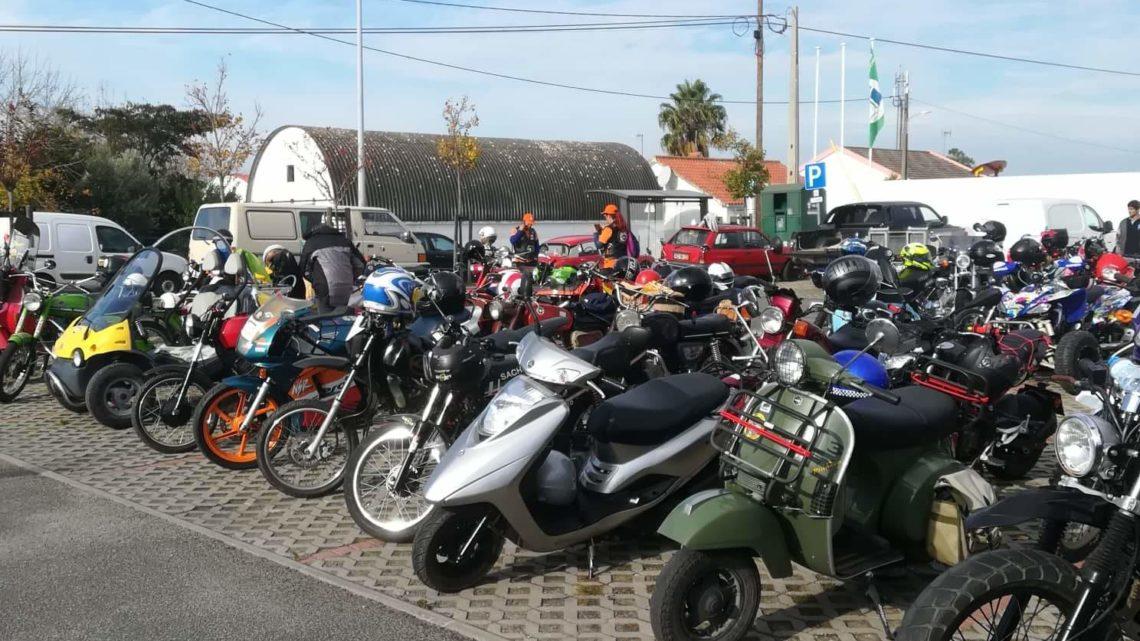 150 motas clássicas animam manhã de domingo na Branca (Com Fotos)
