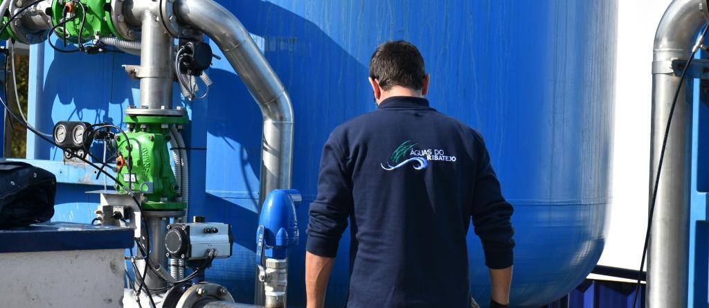 Obras no sistema de distribuição de água em Salvaterra condicionam abastecimento na quarta-feira