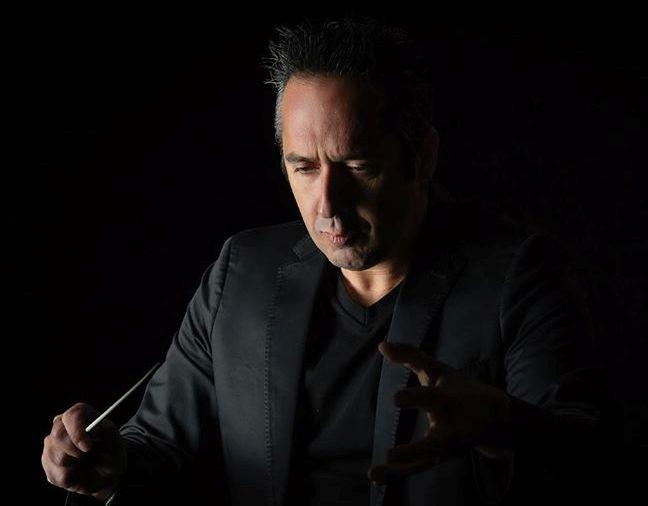 Maestro João Raquel lança livro com fins benéficos