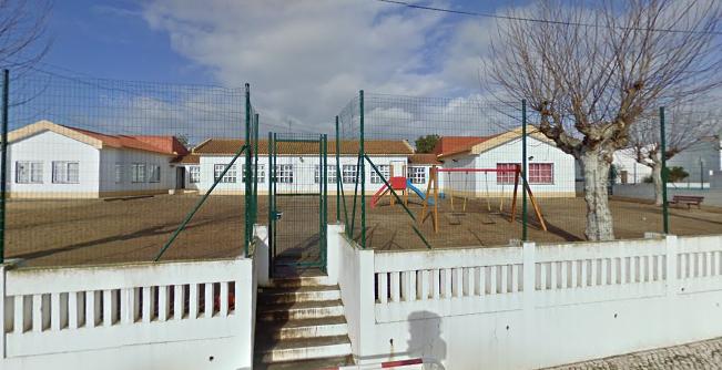 Caso de meningite encerra Jardim de Infância em Santo Estevão. Autoridades tranquilizam pais e retomam actividades lectivas esta quarta-feira