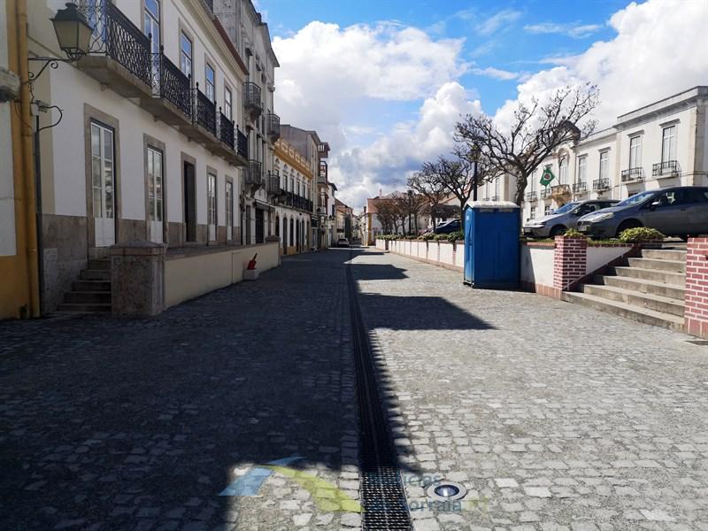 Câmara de Coruche prepara novas medidas de apoio ao comércio local