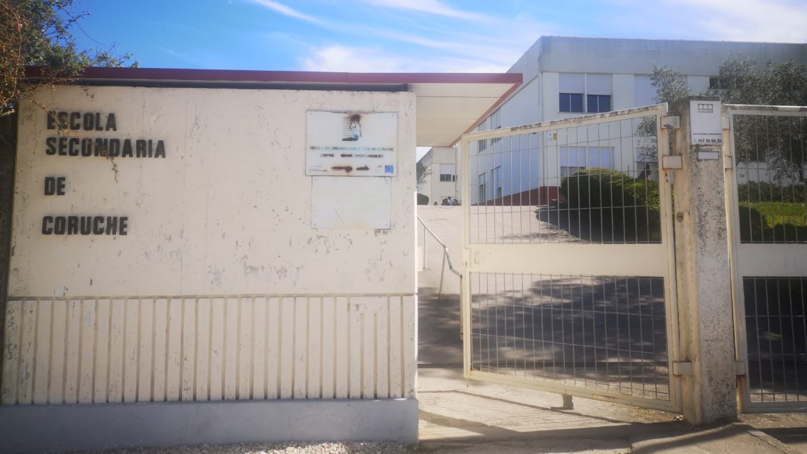 Deputados socialistas do distrito de Santarém questionam Ministra da Saúde sobre situação na Arrozeira e Escola Secundária em Coruche