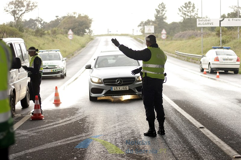 Circulação entre concelhos proibida entre sexta-feira e domingo