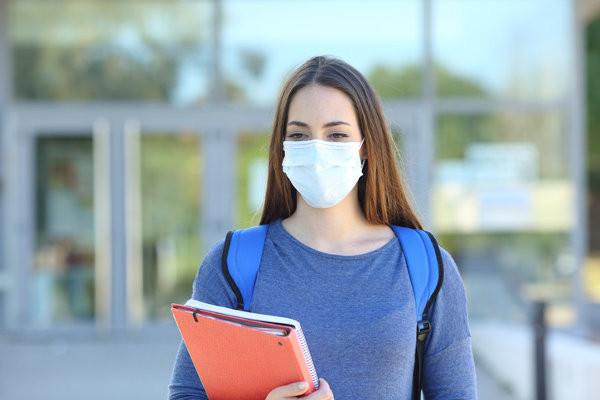 Ministério da Educação garante escolas com máscaras para todos