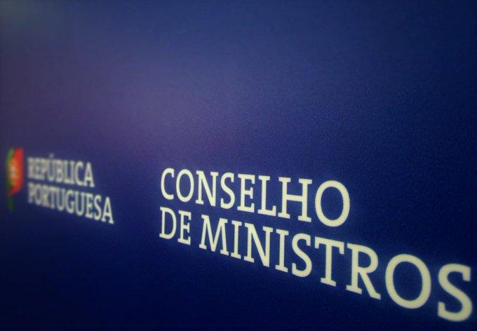 Governo reúne conselho de ministros extraordinário na segunda-feira para agravar medidas do confinamento