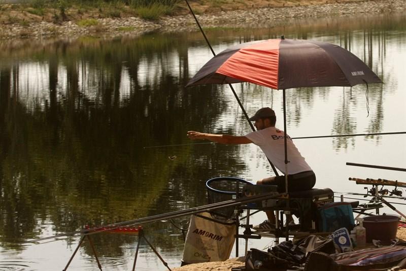 Mais de 3.200 pessoas pedem a abertura imediata da pesca lúdica