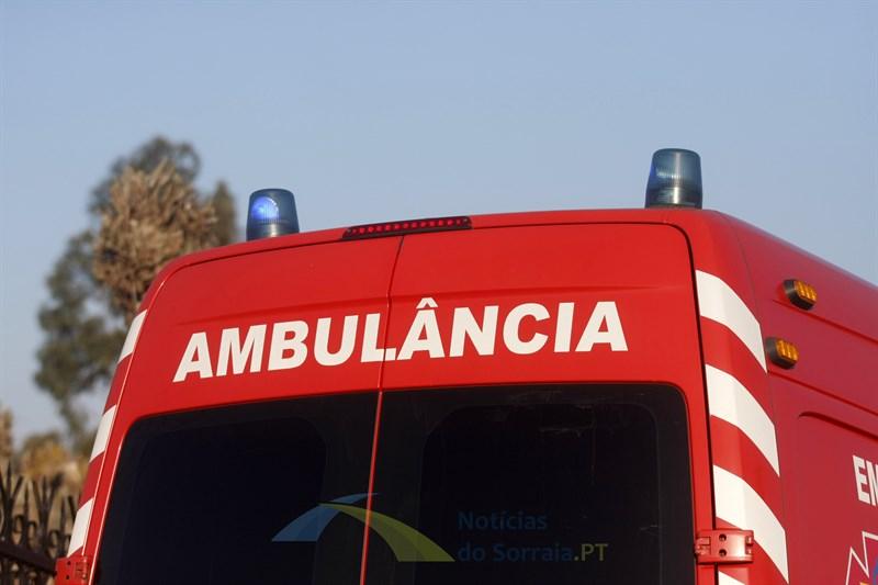 Dois feridos em acidente nas Courelas da Amoreirinha