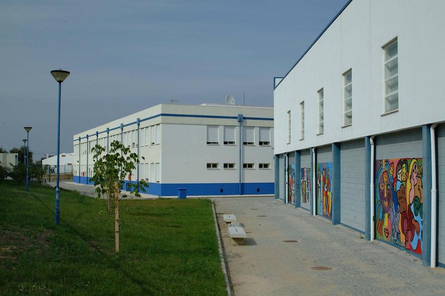 Protecção Civil de Mora pede encerramento de todas as escolas