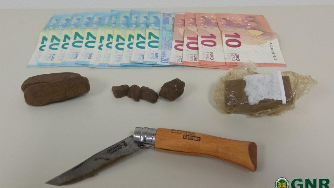 GNR apreende droga durante fiscalização rodoviária em Salvaterra de Magos