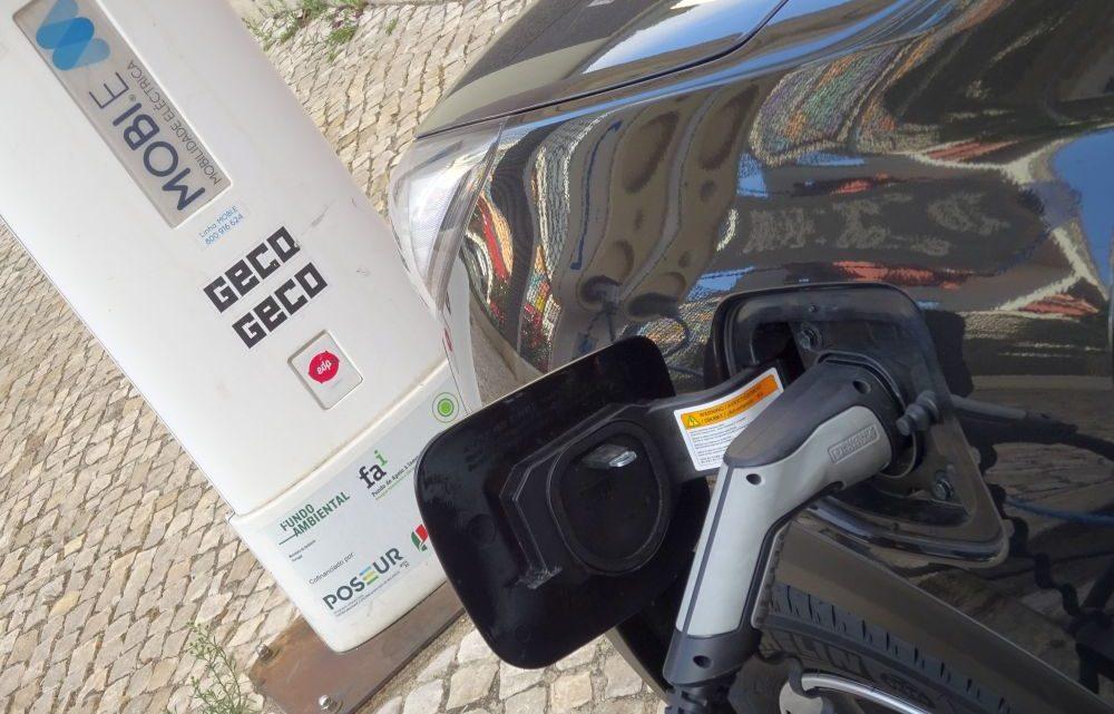 Mora disponibiliza posto de carregamento para veículos eléctricos
