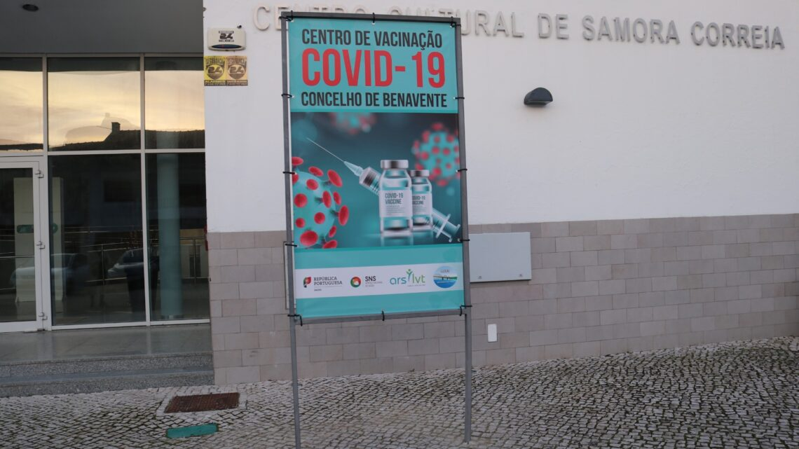 Centros de vacinação preparados mas sem vacinas nem previsões (Com Fotos)