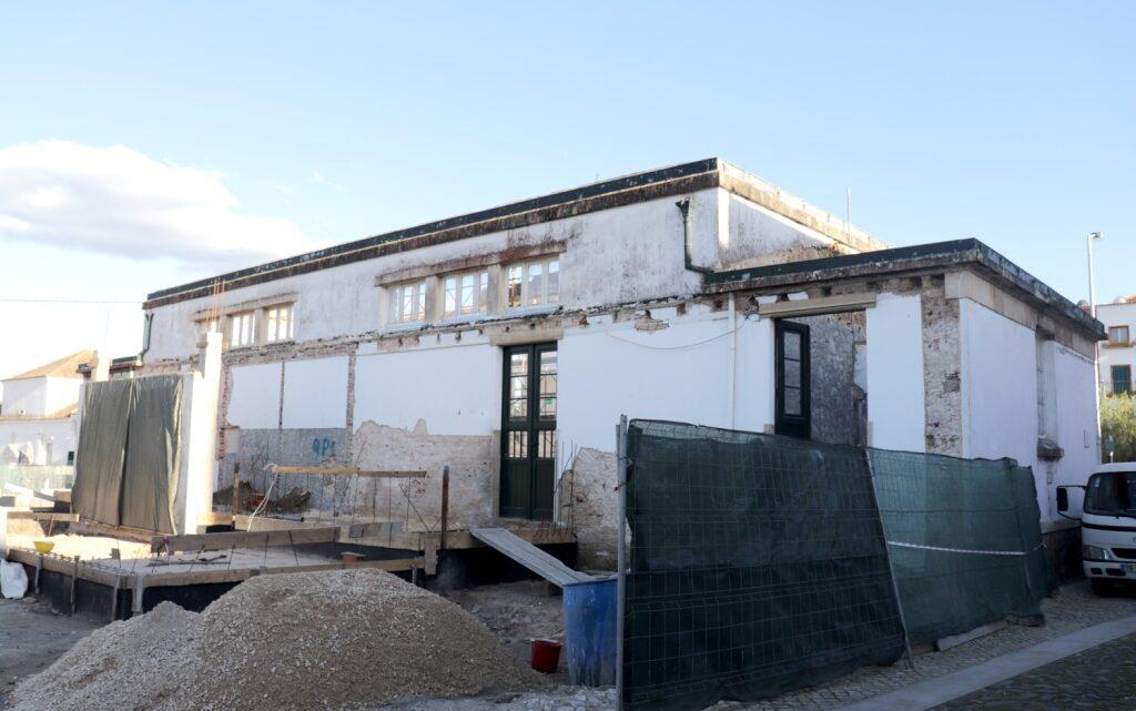 """Reabilitação da Escola """"O Século"""" vai devolver edifício histórico a Salvaterra de Magos"""